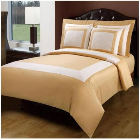 10-piece-gold-hotel-bed-in-a-bag
