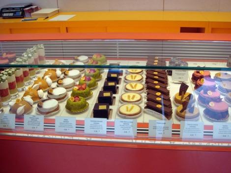 pierre-herme-cakes
