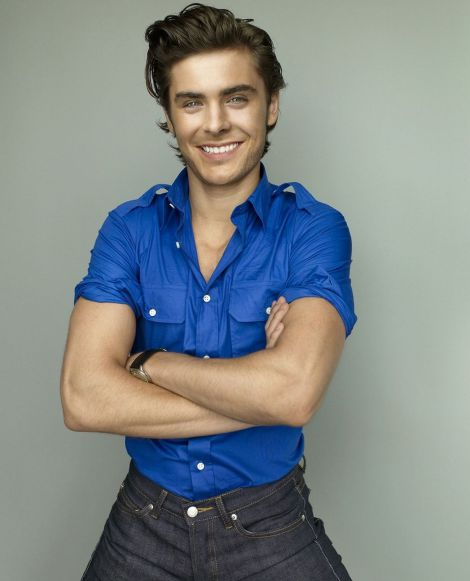 Zac-Efron-sexy-nu-GQ-photo-01