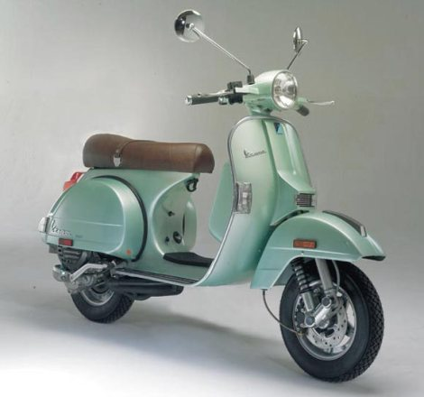 seafoam-green-vespa-scooter-classic-italian-scottsdale-phoenix-arizona-valley
