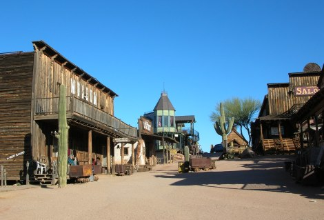 Goldfield_Ghost_Town_01