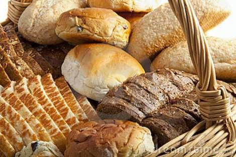 lots-bread-18875164