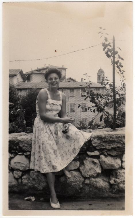 Betty In Villefranche