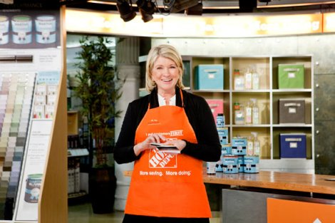 martha-stewart-demonstrate-paint-techniques-home-depot-590jn041610