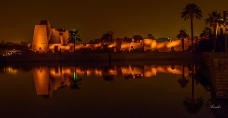 adorable-night-view-of-the-luxor-temple-egypt1