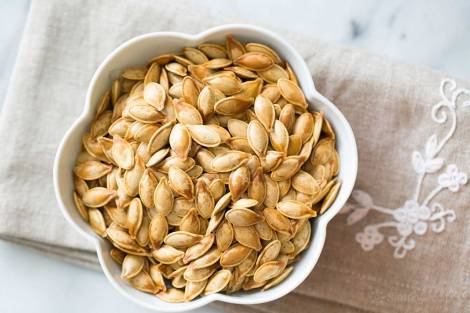 roasted-pumpkin-seeds-horiz-a-1500